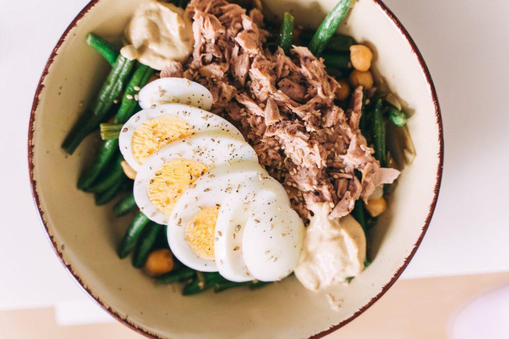 Vitamin A je obsažen ve vajíčkách, tresčích játrech, rybím mase